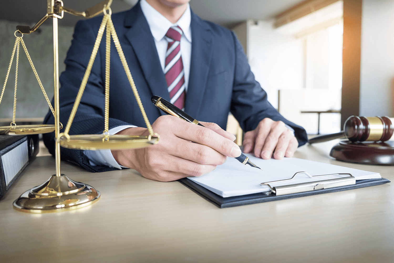 юрист представительство в суде